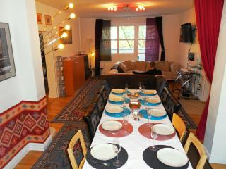 Gallery Guest Houses Berlin Central - Berlin vacation rentals
