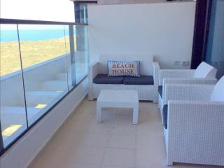 Luxury 4 Bedroom Apartment with seasonal pool - T Tower, Ir Yamim  - UZ01P - Netanya vacation rentals