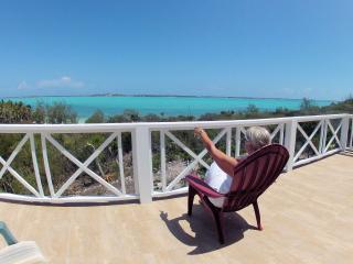 HALCYON SKY APARTMENT overlooking Elizabeth Harbor - Great Exuma vacation rentals