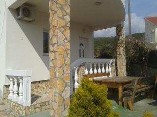 36137 A1 (2+2) - Tribunj - Tribunj vacation rentals