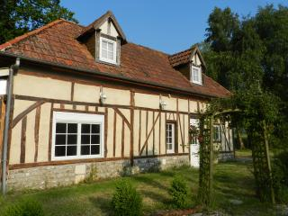 Typical Normandy near Pont-Audemer and Honfleur - Saint-Etienne-l'Allier vacation rentals