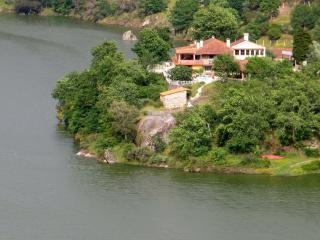 Retiro no Rio; Casa Canela, waterfront studio - Midoes vacation rentals
