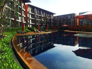 Samui 1BR Condo, walk to beach ! - Surat Thani vacation rentals
