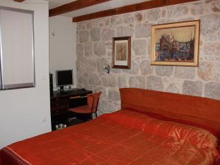 Double room Luna - Split vacation rentals