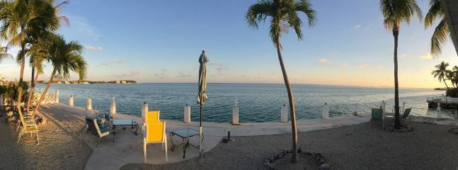 Oceanfront Cottage, Private, Perfect boat access - Image 1 - Marathon - rentals