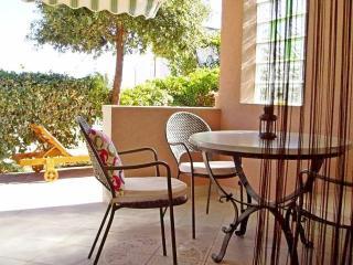 Apartments Mirjana - 45561-A2 - Vis vacation rentals