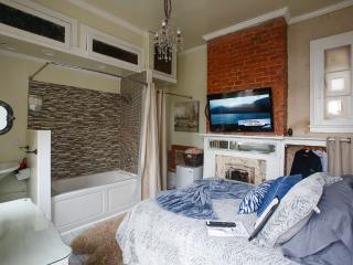 Bourbon Room - New Orleans vacation rentals