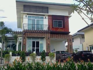 Modern Thai Style Home with Western Kitchen - Chiang Mai Province vacation rentals