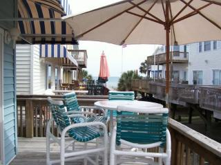 Ocean Front Complex,House  50 steps to beach, 13/3 - Myrtle Beach vacation rentals