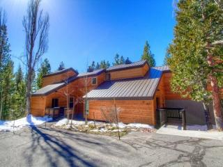 Tahoe City 4 BR/2 BA Condo TCC0961 - Tahoe City vacation rentals
