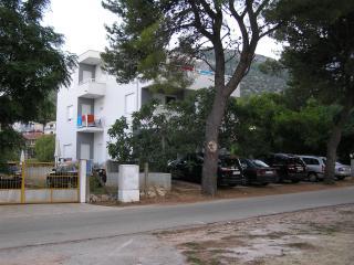 Vila Rilić * Double Sunrise Resort - Sucuraj vacation rentals