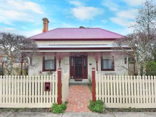 A beautiful 4 bedroom Victorian home 1890s era - Ballarat vacation rentals
