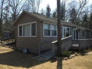 RATE LOWERED: Lake Michigan Cottage w/ Bunk House - Thompsonville vacation rentals