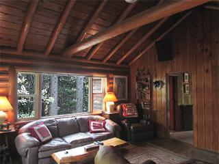 The Hideaway - Almont vacation rentals