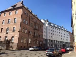 Brand new City Apartment, very central, sleeps 4p - Nuremberg vacation rentals