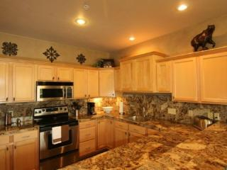 Luxury, Views of Lone Peak* Hot Tub *Free Wifi, Shuttle Ideal for Trips to YNP - Big Sky vacation rentals
