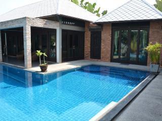 Luxury Chaweng Villa - Surat Thani Province vacation rentals