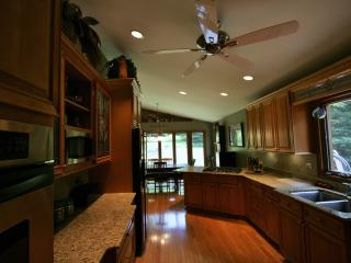 Executive Rental in Barrington - near the Fox Rver - Illinois vacation rentals