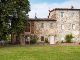 17th century stone- built farmhouse in the Lucca hills. SAL CTO - Bagni Di Lucca vacation rentals