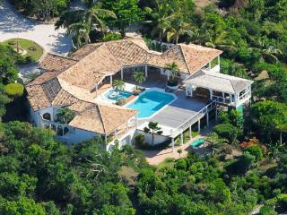 Enjoy views of the Ocean and Saba. C FON - Cupecoy Bay vacation rentals