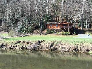 Cottage on the New great view of the New River from well appointed getaway - Todd vacation rentals