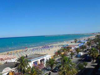 Beach House Fiumarella Grottammare - Grottammare vacation rentals