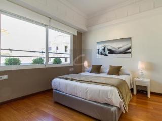 GETME AYUNTAMIENTO 317 - Valencia vacation rentals