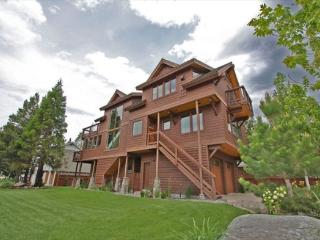 Deluxe Tahoe Stateline area home; one block to lake, walk to casinos, Heavenly Village and Gondola! - South Lake Tahoe vacation rentals
