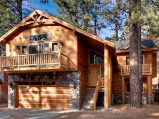 Beautiful, new Tahoe home just a block to the Lake with a private hot tub - South Lake Tahoe vacation rentals