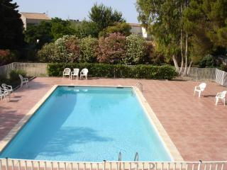 Carqueiranne Appartment - Carqueiranne vacation rentals