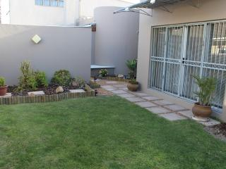 Sharimiki self-catering apartment - Mabula Private Game Reserve vacation rentals