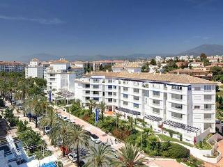 Beautiful Apartment in Heart of  Puerto Banus - Province of Malaga vacation rentals