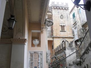 studio Brigitte, romantic place in 1721 building - Calabria vacation rentals