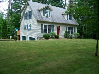 Gilford N.H. Private beach and close to skiing  Gunstock mountain- Restaurants-Shopping Malls- sleeps 10 - Gilford vacation rentals