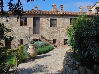 Casa Bartoli at Borgo Mummialla-your Tuscan home ! - Fabbrica di Peccioli vacation rentals
