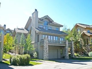 Crown Ranch, Fox Lane # 3, Elkhorn - Luxury Hillside Home with Dramatic Mountain Views; - Ketchum vacation rentals