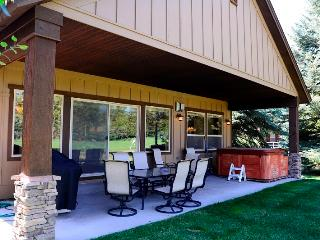 Fairway Escape - Course side, Hot Tub - McCall vacation rentals