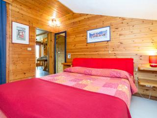 Maison des Sizes : Charming Attic Mont-Blanc view - La Salle vacation rentals