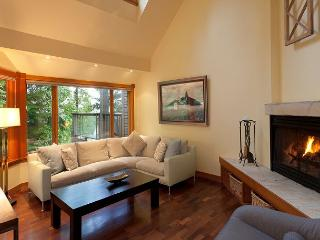 Cedar Ridge 16   Whistler Platinum   Ski In/Ski Out, Gourmet Kitchen, Hot Tub - British Columbia Mountains vacation rentals