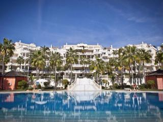 Bright & Extremely Spacious Luxury Apartment - Costa del Sol vacation rentals