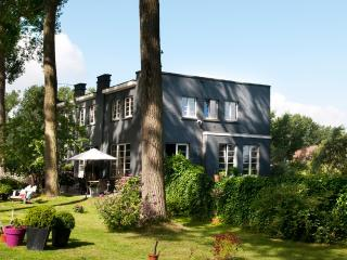 Canalhouse - Damme vacation rentals