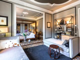 Aragon Platinum III Barcelona (3BR) 15% OFF SPRING PROMOTION - Barcelona vacation rentals