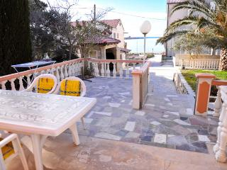 Besty A22 studio for 4pax on ground floor - Island Pag vacation rentals