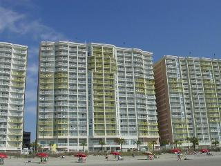 2BR Oceanfront Condo. Right on the Beach - North Myrtle Beach vacation rentals