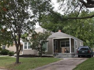 4 Bedroom Newly Remodeled Home - College Hill - Kansas vacation rentals