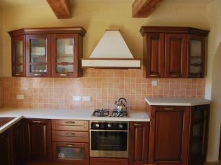 Ta Pawlu FARMHOUSE Sannat Gozo Sleeps 10 - Xaghra vacation rentals