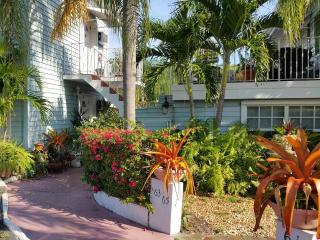 Wilton Manors 1bd /1 bath * A Key West Experience - Wilton Manors vacation rentals