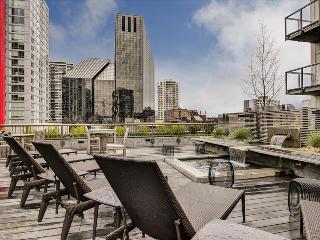 Stay Alfred Best Location with Amazing Dining V62 - Seattle vacation rentals