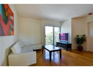 Contemporary Sofi Two Bedroom in the HEART of South Beach! - Miami Beach vacation rentals