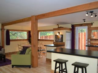 Heart of the Creek Cottage - Sunshine Coast vacation rentals